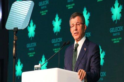 Ahmet Davutoğlu Gelecek Partisi'nin genel başkanlığına seçildi