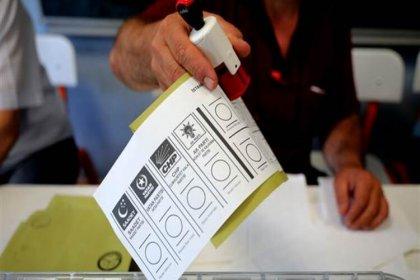 AKP ve CHP'den YSK'ya mühür başvurusu