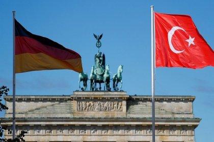 'Almanya, Suriye operasyonu nedeniyle Türkiye'ye silah satışına son veriyor'