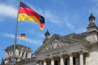 Almanya'dan Erdoğan'ın mülteci tehdidine yanıt: Bize ne diyeceğimizi dikte edemez