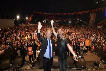 Ankara, 19 Mayıs'ın 100. yılında Haluk Levent konseriyle coştu