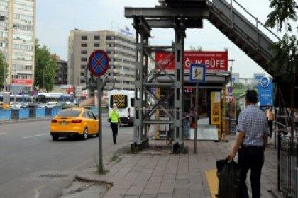 Ankara'da ömrünü tamamlayan üst geçitler kaldırılıyor