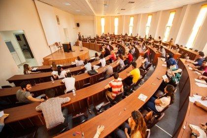 Araştırma bütçesi olmayan vakıf üniversitelerinden reklamlara yüz binlerce lira