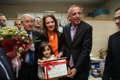 Ataşehir Belediye Başkanı Battal İlgezdi mazbatasını aldı