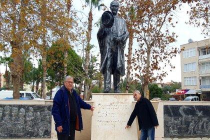 Atatürk Anıtı'na çirkin saldırı