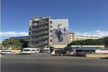 Atatürk'ün duvar resmi için 20 bin kişi oy kullandı