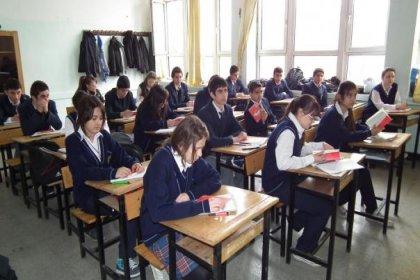 'Aynı devlet okulunda' proje sınıfı 6 bin lira normal sınıf bedava!
