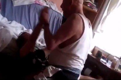 Babası tarafından şiddete maruz kalan kıza dava açıldı