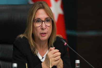 Bakan Pekcan: Eximbank, KOBİ dışı firmalara TL kredi kullandırılmasına başlayacak