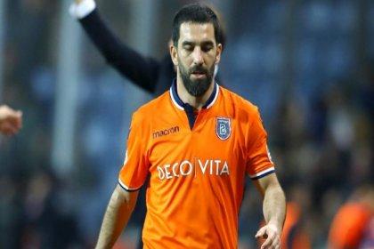 Başakşehirli futbolcu Arda Turan yıllık ücretini yarı yarıya düşürdü
