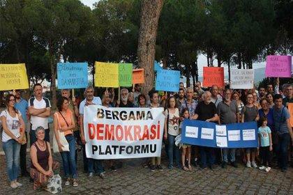 Bergama Belediyesi'ndeki mobbing ve yasaklar protesto edildi