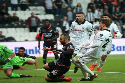 Beşiktaş - Aytemiz Alanyaspor'u: 2 - 1 yendi