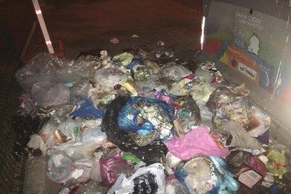 Beylikdüzü Belediye Başkanı Çalık: Yeni provokasyon ile karşı karşıyayız; çöp konteynerleri boş, çöpleri yere atıyorlar