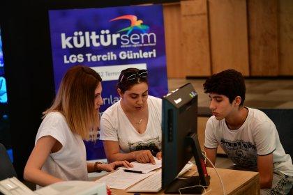 Beylikdüzü Belediyesi'nden öğrencilere LGS tercih desteği