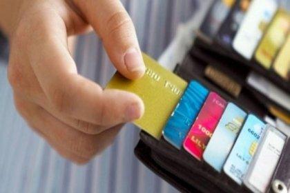 Bireysel kredi kartı borcundan dolayı yasal takibe girenlerin oranı yüzde 14 arttı