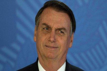 Bolsonaro: Brezilya'nın eşcinsel cenneti olmasına izin vermeyeceğim