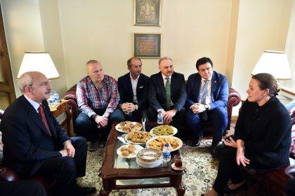 CHP Lideri Kılıçdaroğlu, Can Bartu'nun ailesine taziye ziyaretinde bulundu