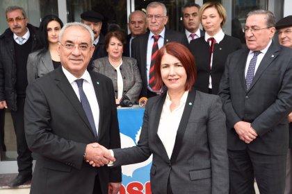 CHP'den istifa eden Avcılar Belediye Başkanı Handan Toprak Benli DSP'ye geçti