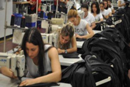 CHP'den 'Kadın İstihdamı Raporu': Krizin faturası kadınlara ödetiliyor