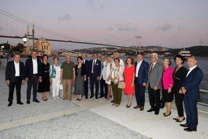 CHP'li 11 Büyükşehir Belediye Başkanı ortak tarım ve mülteci politikaları konulu çalıştay için İstanbul'da toplanıyor