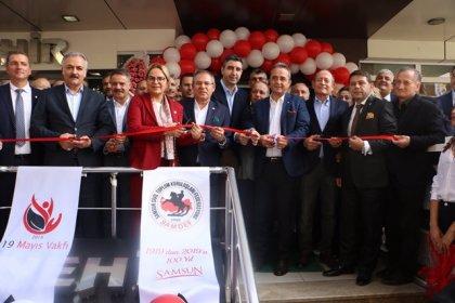 CHP'li Hamzaçebi, SAMDEF ve 19 Mayıs Vakfı'nın yeni hizmet binasının açılışına katıldı
