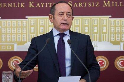 CHP'li Hamzaçebi'den şair Zühal Tekkanat için taziye mesajı