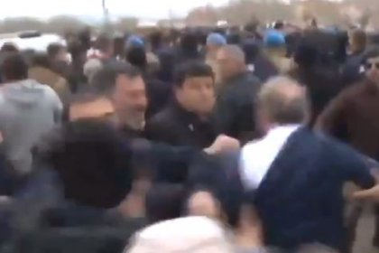 CHP'li Levent Gök'ün cenaze töreninde uğradığı saldırının görüntüleri ortaya çıktı: Oraya Meclis Başkanvekili olarak, Meclis'i temsilen gittim