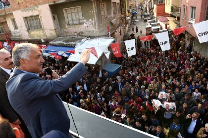 CHP'nin Adana adayı Zeydan Karalar: Milletimiz 31 Mart'ta zafer yazacak