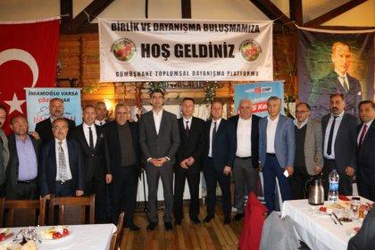 CHP'nin Kartal adayı Gökhan Yüksel, Gümüşhane Toplumsal Dayanışma Platformu'nun düzenlediği kahvaltıya katıldı