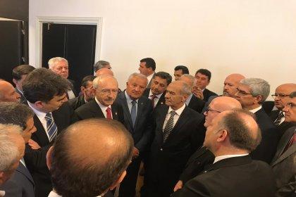 CHP'nin önceki dönem 40 il başkanı, CHP Lideri Kılıçdaroğlun'u ziyaret etti ve iptal edilen İstanbul seçimleri için görev talep ettiler