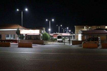 Cinsel istismardan tutuklanan şahıs cezaevi kapısından elleri kelepçeli şekilde firar etti