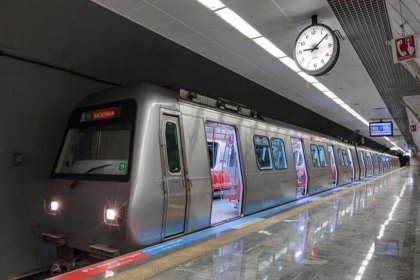 İstanbul'da Cumhuriyet Bayramı nedeniyle metro seferleri uzatıldı