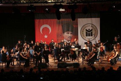 Cumhuriyet Gazetesi 95. yaşını Eskişehir Büyükşehir Belediyesi Senfoni Orkestrası'nın verdiği konserle kutladı