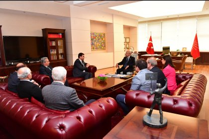 Demokrat Parti'den Kılıçdaroğlu'na geçmiş olsun ziyareti