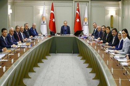 AKP içinden sistem eleştirisi: 'Denetim sistemi iyi kurulamadı; 16'ya düşürülen bakanlık sayısı artırılacak'