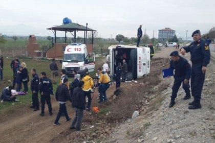 Denizli'de öğrencileri taşıyan tur otobüsü devrildi: 34 yaralılar var
