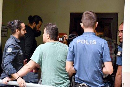 Devrimci Tekstil İşçileri Sendikası'na operasyon: 21 gözaltı