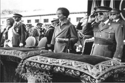 Diktatör Franco'nun cenazesi anıt mezardan çıkarılıyor
