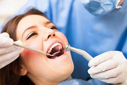 Diş implantı yaptırmadan önce bilmeniz gereken 10 önemli madde
