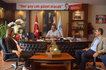 DİSK'ten 'işçi dostu' Çukurova Belediye Başkanı Çetin'e teşekkür ziyareti