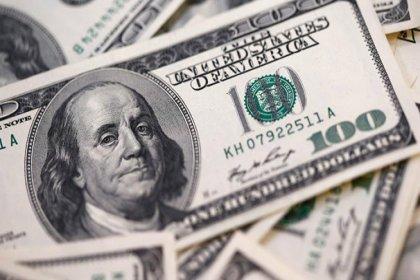Dolar yeni haftaya 5.67 seviyesinde başladı