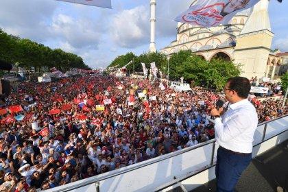 Ekrem İmamoğlu AKP'nin kalesi Sultangazi'den seslendi; 'İstanbul'u israfçılar dan kurtaracağız'