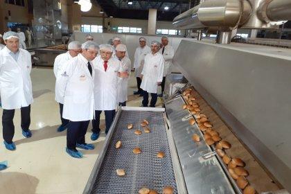 Ekrem İmamoğlu Halk Ekmek Fabrikası'nda inceleme yaptı