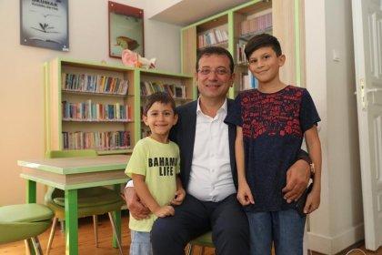 Ekrem İmamoğlu Selimiye Çocuk Kütüphanesi'ni gezdi