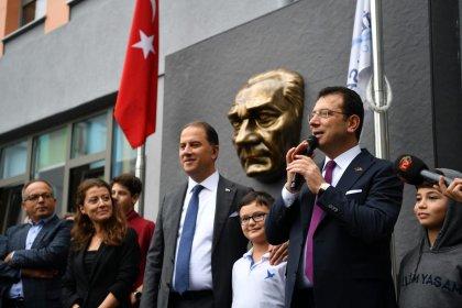 Ekrem İmamoğlu ve Murat Çalık'tan öğrencilere ziyaret