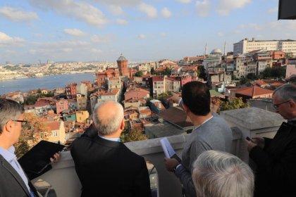 Ekrem İmamoğlu'ndan Recep Tayyip Erdoğan İmam Hatip Lisesi çatısında Balat incelemesi