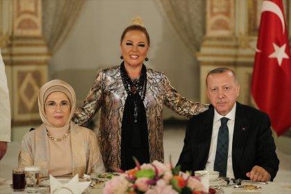 Erdoğan: Sanatçı sanatıyla sporcu sporuyla konuşur