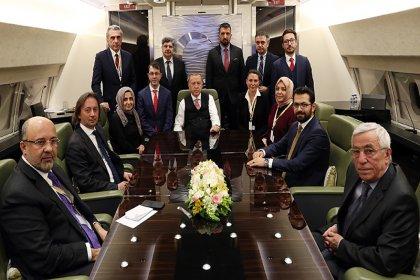Erdoğan, Turgay Güler'i yanına oturttu