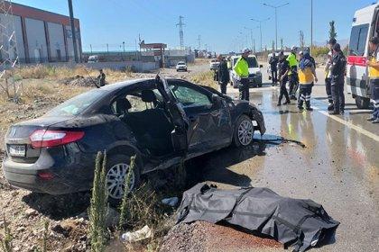 Erzincan'da feci kaza: 2 ölü, 3 yaralı