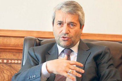 Eski bakan Nihat Ergün AKP'den istifa etti!